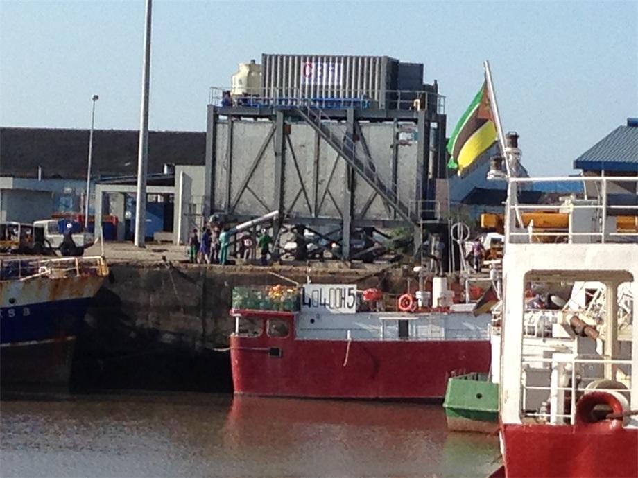 Автоматическая система чешуйчатого льда 40 тонн в день, Мозамбик