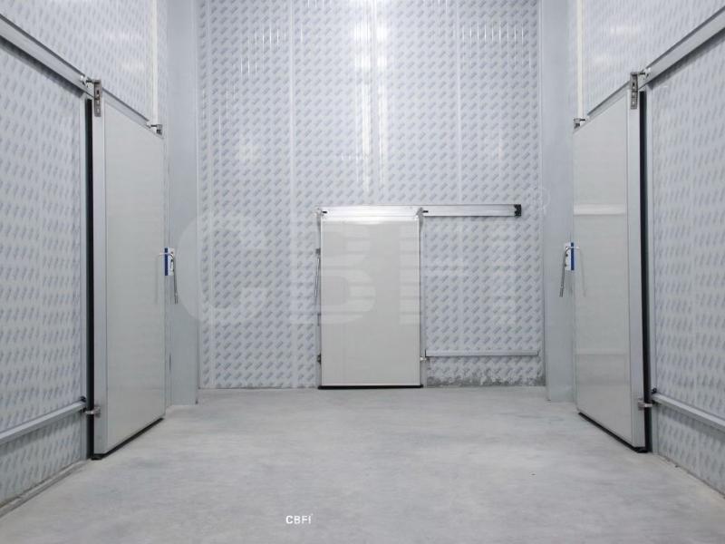 佛山8个储藏室,带一个预冷室和一个防冷室