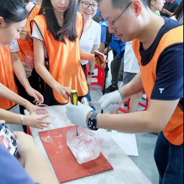 news-CBFI-The 2nd Qixi Festival Bingquan Cup Ice Breaking Relay starts-img-3